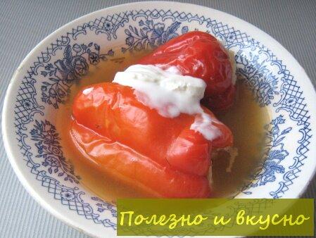 Болгарские перцы фаршированные куриным фаршем с рисом