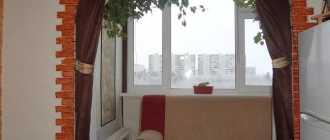 Откидной стул своими руками: как сделать на стену в прихожую или на балкон